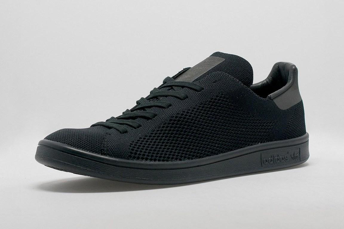 Primeknit Adidas Black
