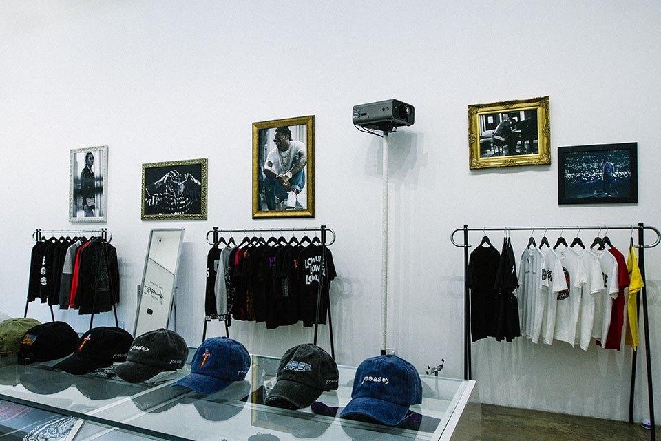 future-pop-up-shop-store-3