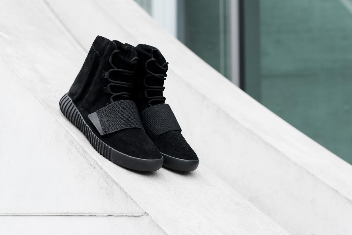 """571642fe6 Adidas YEEZY 750 Boost """"Black"""" ..."""