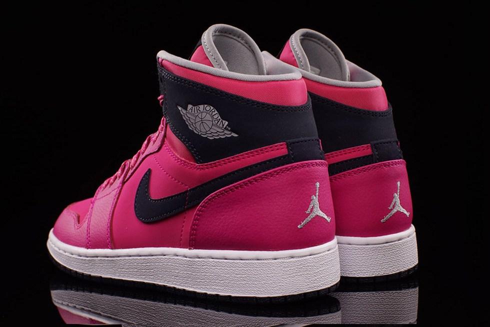Rose Pink Nike Shoes