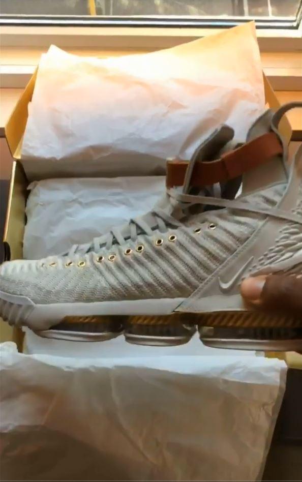 da7facbb591 LeBron James Nike LeBron 16  Harlem Fashion Row  Sneakers